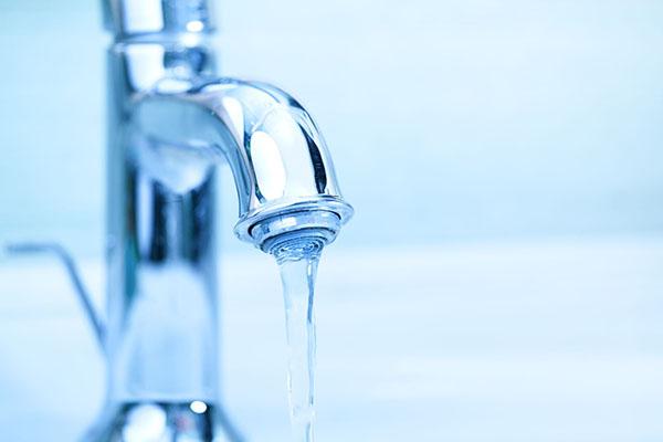 8 causes d'un robinet qui fuit
