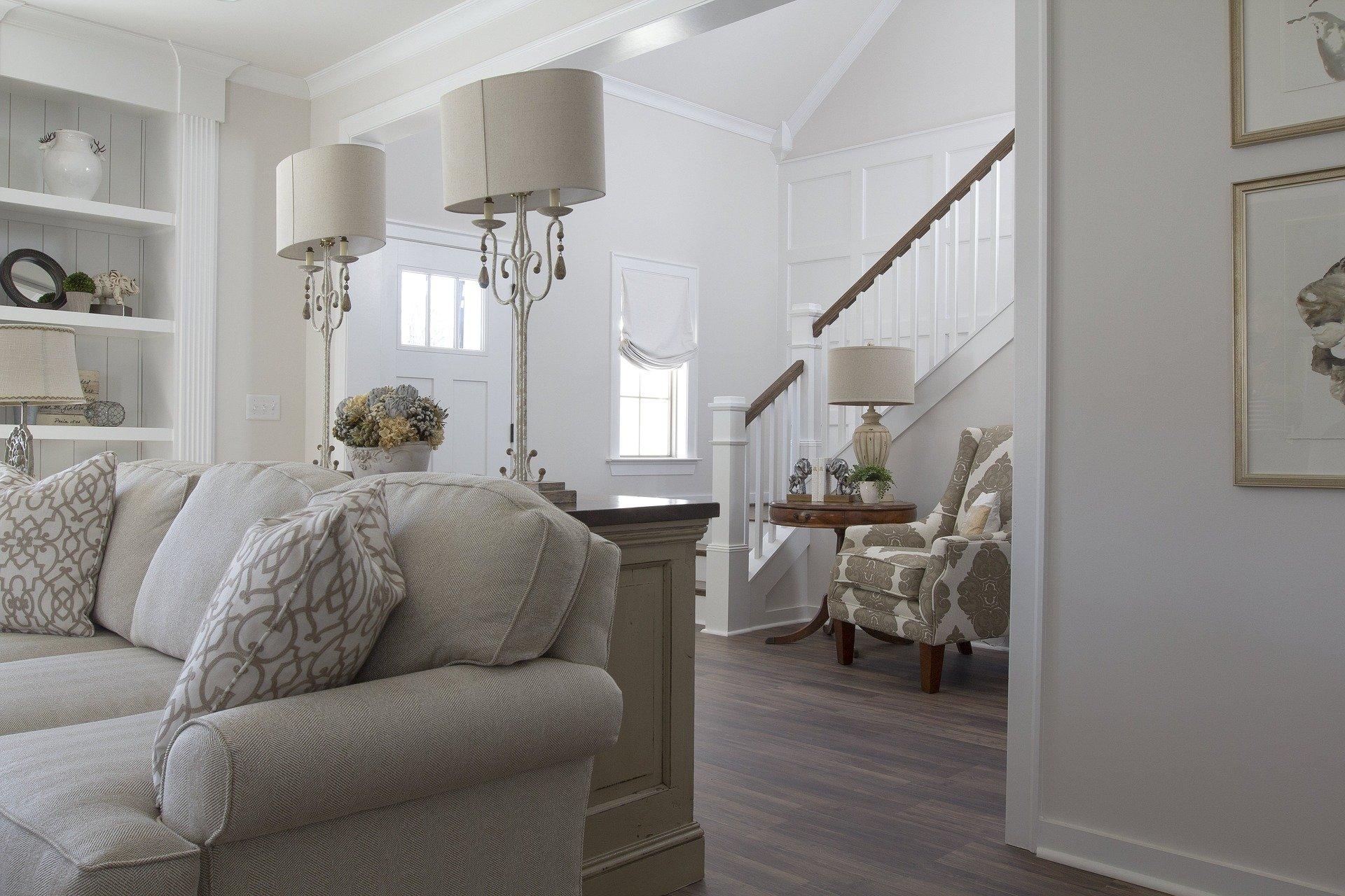 Conception d'escalier : comment choisir un modèle silencieux ?