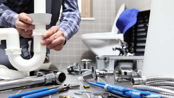 6 erreurs de plomberie qui vous coûteront gros