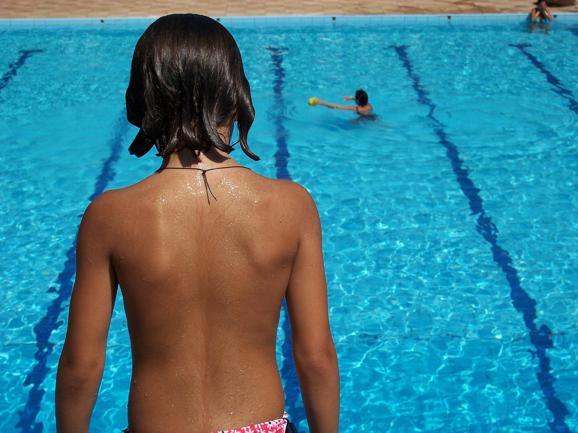 Trampoline pour piscine